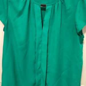 Tops - Green dressy top.